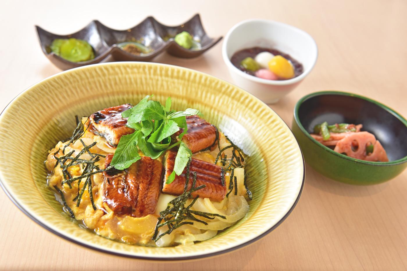 【1日限定5食】うなたま丼<br />小鉢・お味噌汁・甘味・ドリンク付