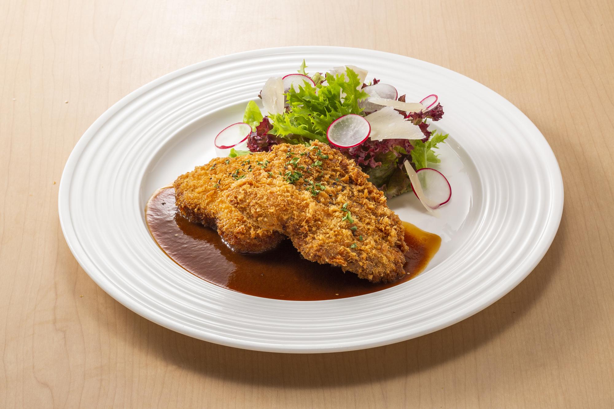 マグロの頬肉と赤身のカツレツ<br />ライス・ミニサラダ・スープ・ドリンク付