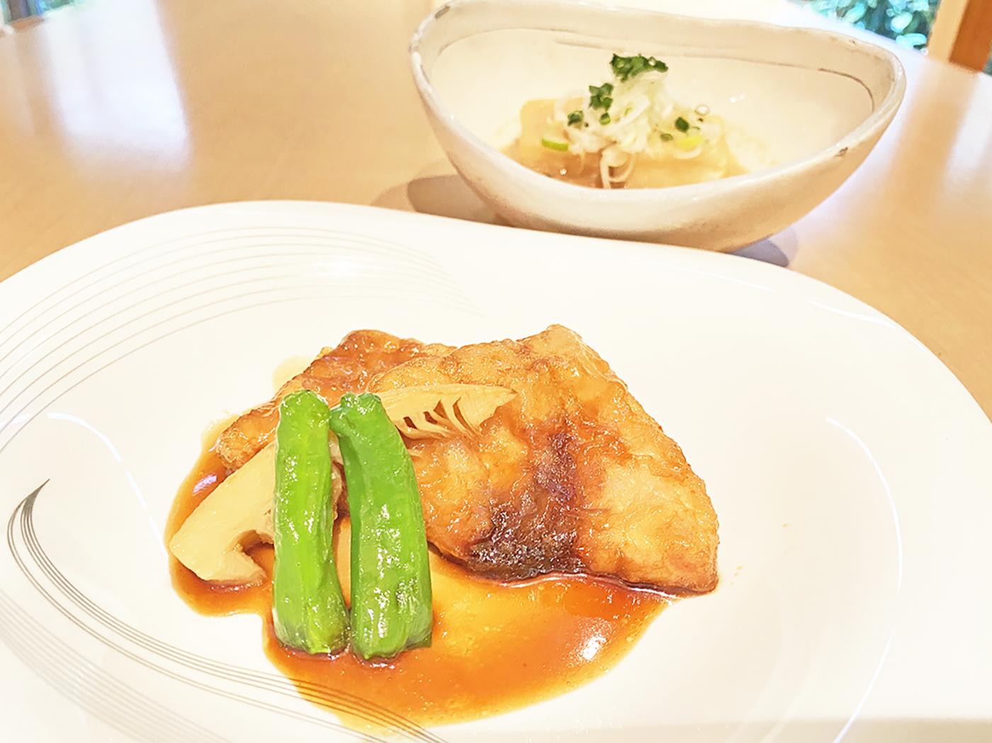 【NEW】カジキマグロの照り焼き<br />ご飯・小鉢・味噌汁・漬け物・ドリンク付